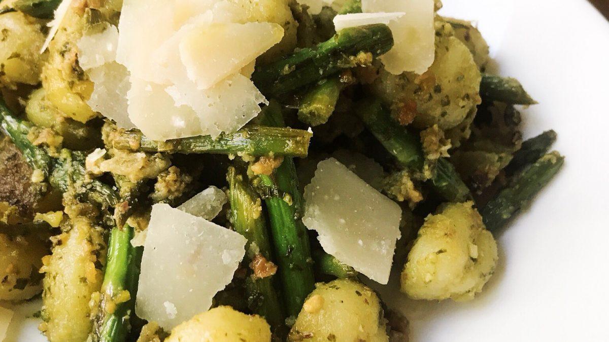 Pistachio Pesto Gnocchi With Asparagus